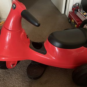 Kids Ride On V6 trike With charger for Sale in Rowland Heights, CA