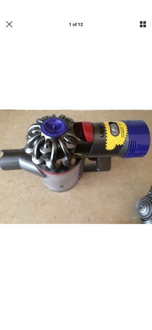 Dyson V7 Cord Free Upright HANDHELD for Sale in Overland, MO