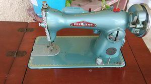 PEERLESS Sewing machine 1928 for Sale in San Antonio, TX