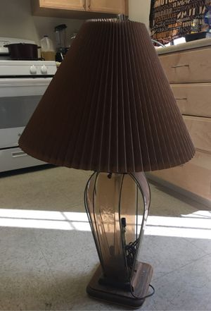 Nice antique lamp works good for Sale in Lakewood, CA