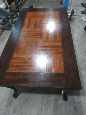 Gorgeous wooden coffee table for Sale in Columbus, OH