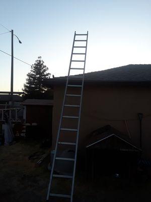 Escalera de 16 pies una sola pieza for Sale in Fresno, CA