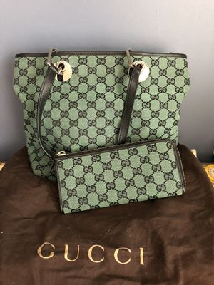 Gucci purse and wallet for Sale in Virginia Beach, VA
