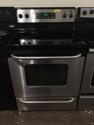 Ge stainless steel glass top electric stove for Sale in Lexington, NC