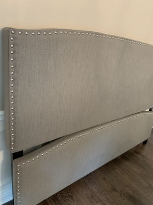 King size Upholstered panel Bed,Dark Gray linen - headboard, HIGH footboard, and frame for Sale in Downers Grove, IL