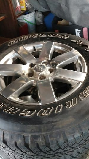 Jeep tires and wheels for Sale in Carpentersville, IL