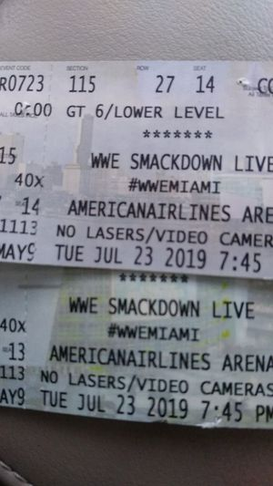 WWE SMACKDOWN LIVE for Sale in Hialeah, FL