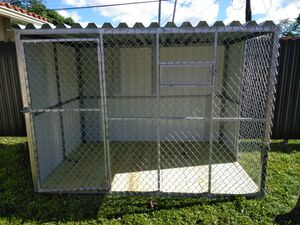 Dog kennel (big dogs) for Sale in Miami, FL