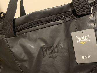 Everlast Duffle Bag for Sale in San Diego,  CA