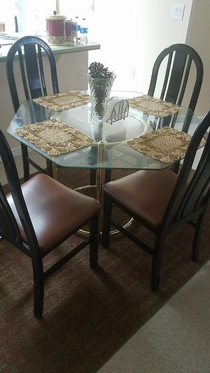 New table and chairs for Sale in Salt Lake City, UT