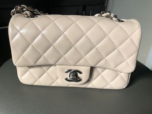 Chanel mini caviar crossbody bag for Sale in Austin, TX