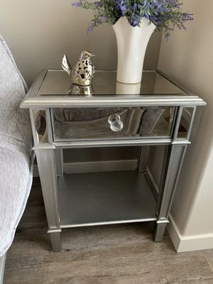 Pier 1 mirrored / silver nightstand !!! for Sale in Vancouver, WA