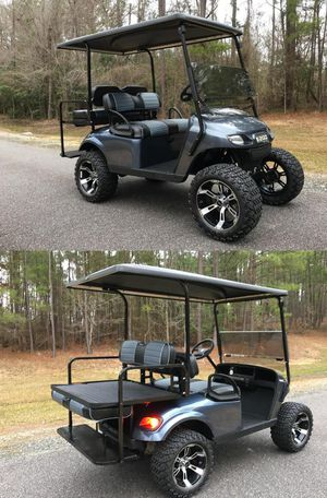 Price$1OOO EZ-GO TXT 2016 electric golf cart for Sale in Silver Spring, MD