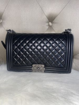 Chanel boy quilted large flap bag labms brand new with receipt for Sale in Palisades Park, NJ