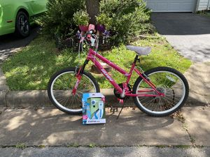 24 inches Female Bike with Starting Kit😀21 speed with dual breaks. for Sale in Gainesville, VA