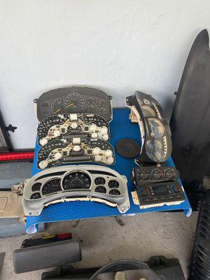 Chevy, Cadillac, GMC Suburban, Tahoe , Escalade, Denali Parts 2003-2006 for Sale in Miami, FL