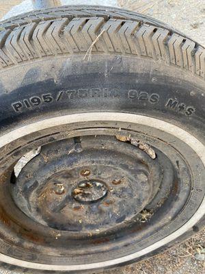 195 75 14 trailer tire for Sale in Jurupa Valley, CA