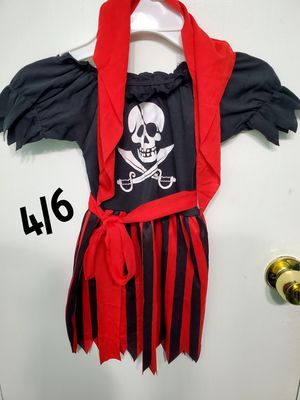 Pirate girl costume fits 4/6 for Sale in Arlington, TX