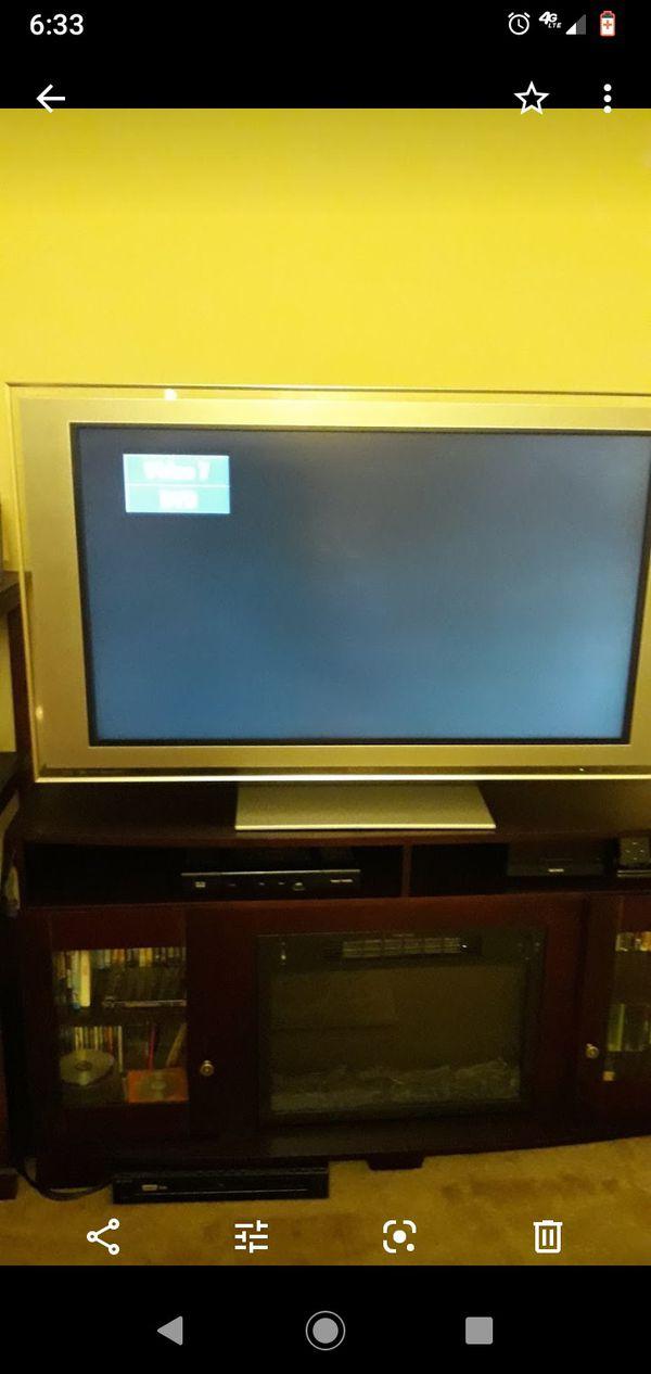 Sony 46 in flat screen