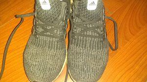 Adidas Ultra Boost Men's Size 8 for Sale in Philadelphia, PA