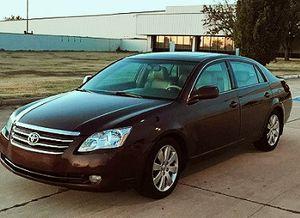 $800 full price 2005 Toyota Avalon XLS # thrsfd for Sale in Huntsville, AL
