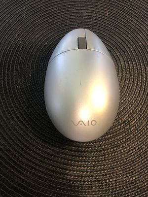 Nu2nds: Genuine Sony VGP-WMS1 VAIO Wireless Mouse VGPWMS1 for Sale in Arlington, TX