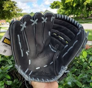 WILSON LEFTHAND THROW 12 INCH BASEBALL GLOVE #A360 GENUINE LEATHER BRAND NEW for Sale in Boca Raton, FL