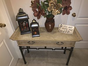 Entry desk table for Sale in Fresno, CA
