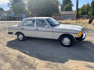 1987 Mercedes 300TD part out for Sale in Portland, OR