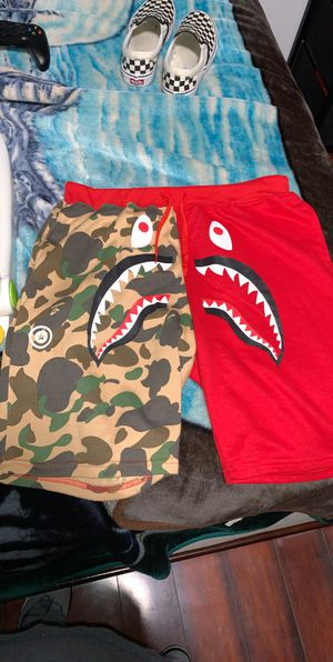 Bape shorts size xxl but fit like l for Sale in Salinas, CA