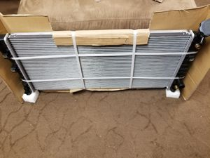 Radiator for Gm cars for Sale in Pittsburgh, PA