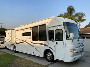 Diesel pusher motorhome 2 Slide Outs very nice 40FT for Sale in Upland, CA