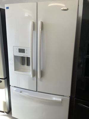 Whirlpool Chest Style White Affordable Refrigerator Appliance for Sale in Tampa, FL