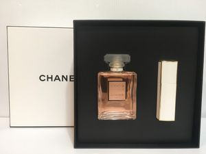 COCO MADEMOISELLE BY CHANEL PERFUME FOR WOMEN SPRAY 2PC GIFT SET 3.4 OZ + 0.7 OZ NEW IN BOX for Sale in Arlington, TX