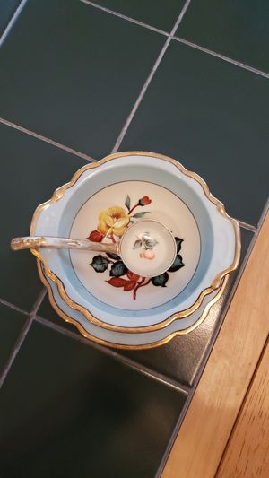 Noritake Handpainted Soup Tureen with Ladle for Sale in Acworth, GA