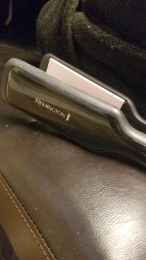 Remington Flat Iron for Sale in Phoenix, AZ