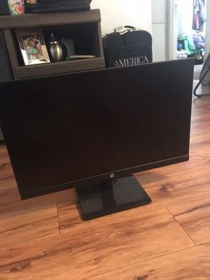 60hz 24in monitor for Sale in Paramount, CA