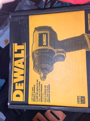 """Dewal1/2"""" 12.7 mm impact wrench DWMT70773 650Ft -LBS brand new 199.99 retail for Sale in Federal Way, WA"""