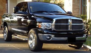 Urgent for sale.Beautiful 2005 DODGE RAM 1500 Needs.Nothing 2WDWheelss for Sale in Atlanta, GA