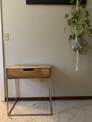 Farmhouse style end table for Sale in Fall City, WA
