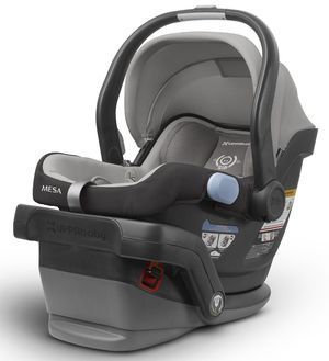 Uppababy Mesa car seat in Pascal for Sale in Hialeah, FL