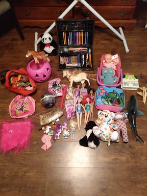 100 girls toys many barbie doll and my little poney crayons back bags purse horses for Sale in Kissimmee, FL
