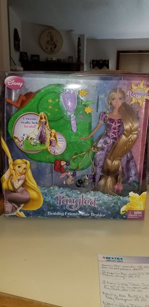 NEW IN BOX DISNEY TANGLED FEATURING RAPUNZEL BRAIDING FRIENDS HAIR BRAIDER. PICK UP MIDDLEBORO ONLY for Sale in Middleborough, MA
