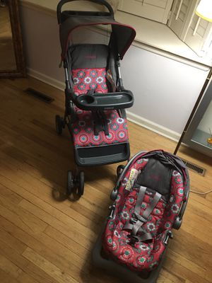 Stroller !! Cosco Lift & Stroll Travel System for Sale in Montclair, NJ