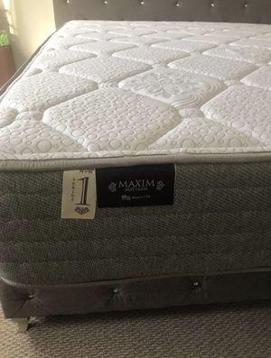King Firm Mattress + cooling gel mattress topper for Sale in Walnut, CA