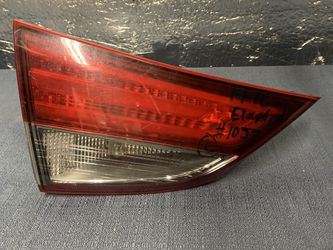 2014 2015 2016 Hyundai Elantra taillight tail light trunk light for Sale in Rancho Cucamonga,  CA
