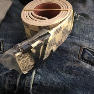 Lv Belt for Sale in Maumelle, AR