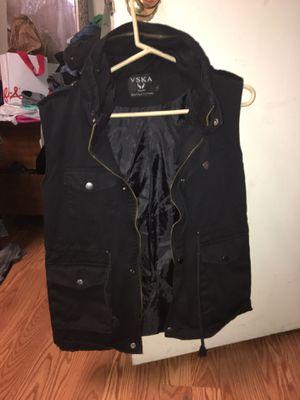 Black stylist vest for Sale in Gaithersburg, MD