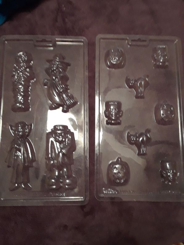 3D CAKE PAN..CANDY MOLDS... COOKIE CUTTER
