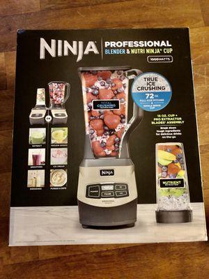 NEW Ninja Professional Blender & Nutrí Ninja Cup 1000W Blender for Sale in Las Vegas, NV